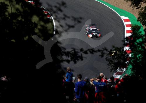 Motorsports: DTM Brands Hatch 2019